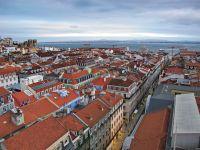 06_IMG_0006_-_Blick_vom__Elevador_de_Santa_Justa__über_die_Stadt_zum_Rio_Tejo