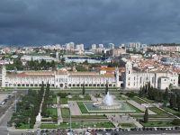 14_IMG_0014_-_Ausflug_nach_Belem_-_Blick_auf_das__Mosteiro_dos_Jeronimos_