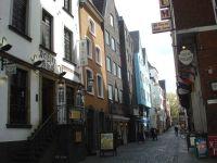 21_Straße_in_der_Kölner_Altstadt
